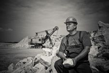 Free Man In Construction Suit Holding Stone Grayscale Photography Stock Photos - 88626653