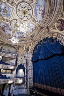Free The Grand Theatre Blackpool Royalty Free Stock Photo - 88692325