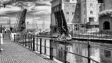 Free Promenade And Canal In Old Town Royalty Free Stock Image - 88696596