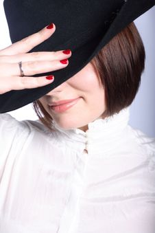 Free Woman In Hat Royalty Free Stock Image - 8871456