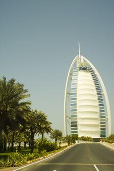 Free Burj Al Arab Road Royalty Free Stock Photo - 8873615