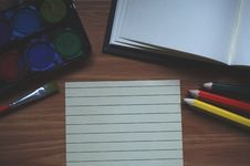 Free White Ruled Paper Beside Yellow Colored Pencil Royalty Free Stock Image - 88754356