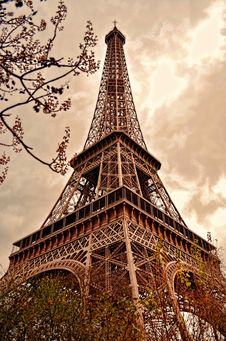 Free Eiffel Tower In Paris Royalty Free Stock Photography - 88756467