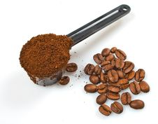 Free Heap Of Coffee Seeds Royalty Free Stock Photos - 8886048