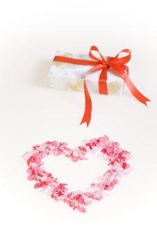 Free Gift Box Royalty Free Stock Image - 8886476