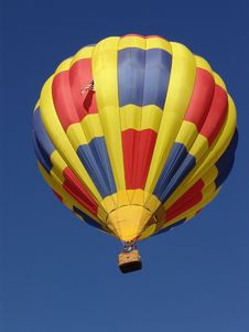 Free Hot Air Balloon Against A Blue Sky Royalty Free Stock Image - 8888896