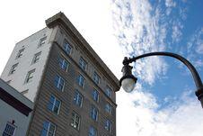 Free Street Light /Building Royalty Free Stock Photos - 8889648