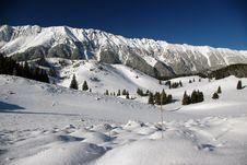 Free White Mountain Royalty Free Stock Photo - 8890675