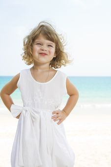 Free Girl And Ocean Stock Photography - 8893042