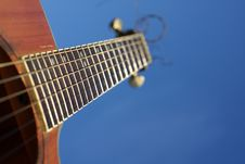 Free Acoustic Guitar Royalty Free Stock Photo - 8898315