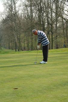 Free Male Golfer Putting Stock Photo - 8898710