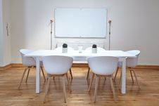 Free Conference Room Royalty Free Stock Photos - 88982678