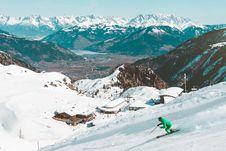 Free Skiier On Mountain Slopes Stock Images - 88986924
