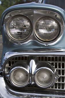 Free Heavy Chevy Royalty Free Stock Photos - 893098