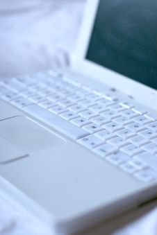 Free White Laptop3 Stock Image - 894741