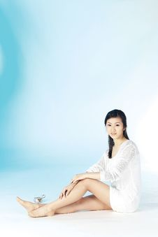 Free Korean Woman Royalty Free Stock Photos - 894988