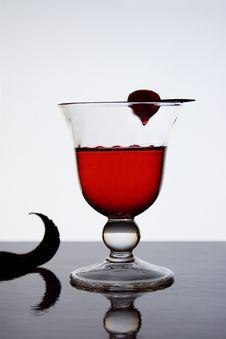 Free Red Liquor I Royalty Free Stock Image - 895566