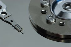 Free Hdd Reader-writer Arm And Spindle Stock Photography - 899172
