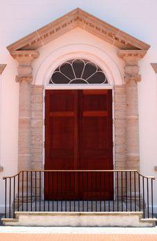 Free Elegant Old Church Door Royalty Free Stock Image - 899646