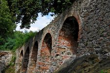 Free Red Brick Arches Of Medieval Castle Royalty Free Stock Photos - 8900778