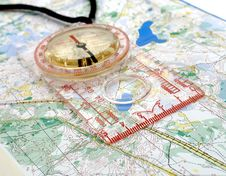 Free Compass On A Map Royalty Free Stock Images - 8901709