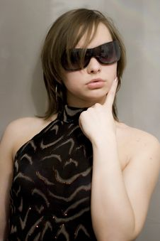 Free Girl In Dark Sunglasses Royalty Free Stock Photo - 8903465