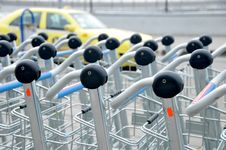 Free Luggage Carts Royalty Free Stock Images - 8903859