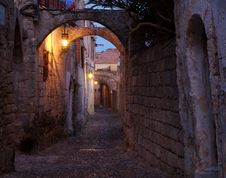 Free Rhodes Alley Royalty Free Stock Photo - 8904275