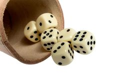 Free Dice Cup And Dice Royalty Free Stock Photos - 8906718