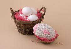 Free Bead Easter Egg Stock Photos - 8906863