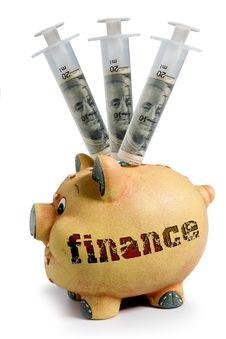 Free Piggy Bank - Financial Crisis Stock Photography - 8907282