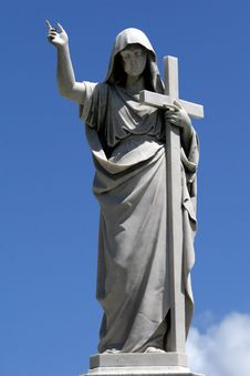 Free Marble Statue With Cross Royalty Free Stock Photo - 8907625