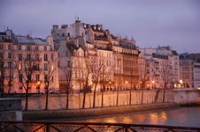 Free Houses Seine Stock Image - 8908971