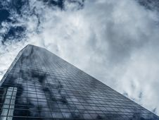Free Skyscraper Constructed Of Glass And Steel Stock Photography - 89059002