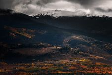 Free Winter Landscape With Snow On The Mountain Stock Photography - 89059132