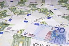 Free 20 And 100 Euro Notes Stock Photography - 8910942