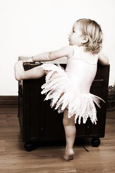 Free Little Girl Stock Image - 8911031