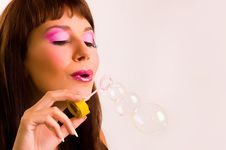 Free The Girl Starts Up Soap Bubbles Stock Photo - 8911400