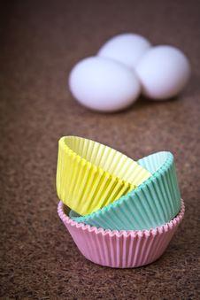 Free Cupcake Holders Stock Photo - 8917100