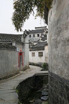 Free Chinese Village Street Royalty Free Stock Image - 8918256