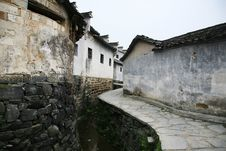 Free Chinese Village Street Royalty Free Stock Photography - 8919107