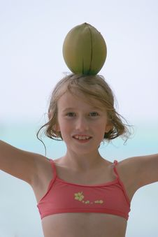 Free Coconut On Girl Head Royalty Free Stock Images - 8919199