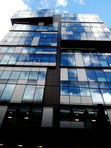 Free Glass Skyscraper Stock Images - 89130584