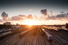 Free Brown Train During Sunrise Royalty Free Stock Photography - 89193887