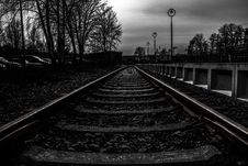 Free Railroad Tracks In Black And White Stock Images - 89194924