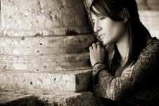 Free Worried Woman Portrait Royalty Free Stock Images - 8923649