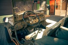 Free Military Vehicles Royalty Free Stock Photography - 89249167