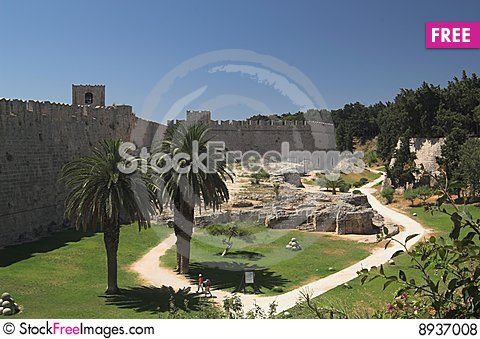 Free Palace Of The Grand Master In Rhodes City Royalty Free Stock Photos - 8937008