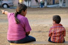 Free Beatiful Hispanic Mother And Child Royalty Free Stock Photos - 8930208