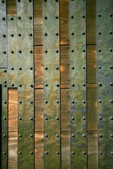 Free Metal And Wood Door Stock Image - 8937931